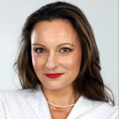 Photo of Dr Caroline Chenu